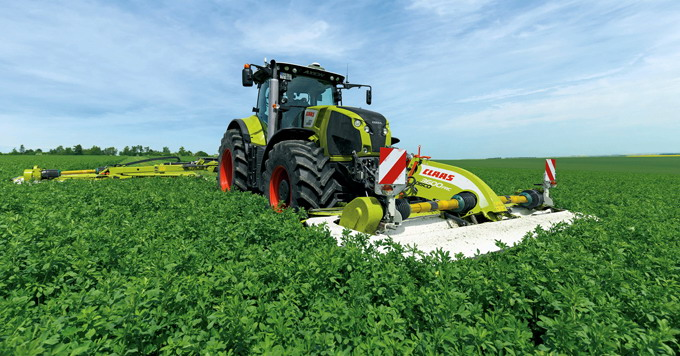 Tractorul CLAAS AXION 870 - Tier 4