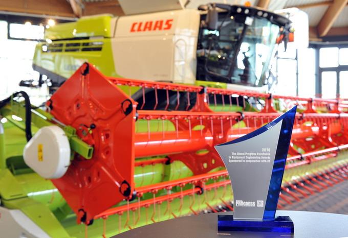 Utilaje agricole - Premiul de Excelenta - CLAAS LEXION 780