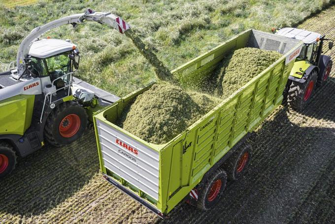 CLAAS - remorca transport furaje CARGOS 700