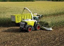 Noile combine si remorci pentru recoltarea si transportul furajelor de la CLAAS