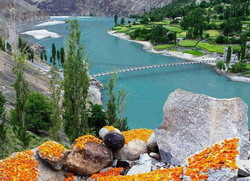 Drying-Apricots-in-Hunza resize